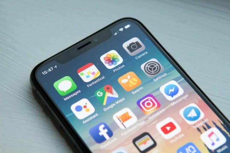 6 Best Android and iPhone Tricks and Tips
